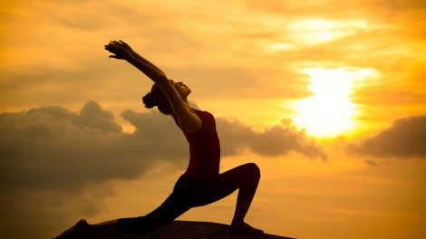 6 Yoga Poses for Beginners and Their Benefits